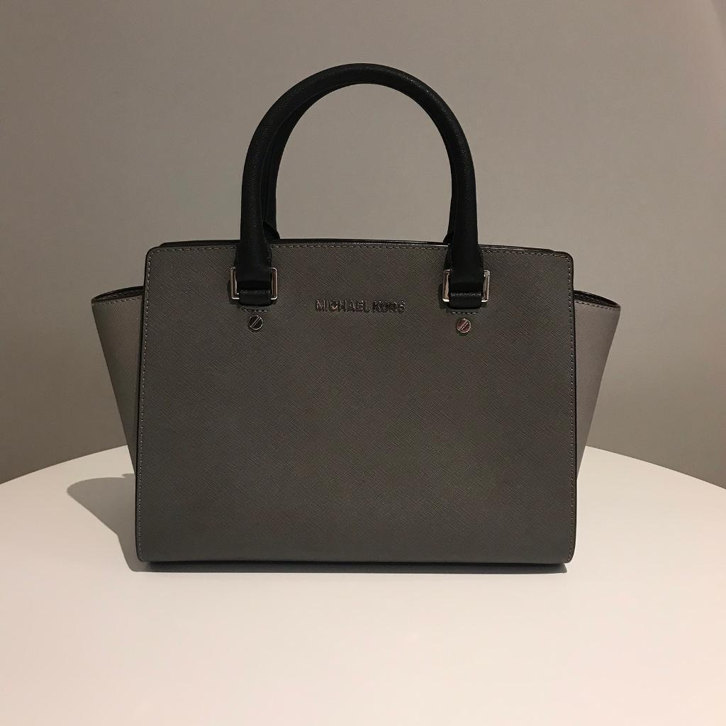 11f1bc6955dc Michael Kors Bag