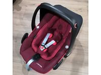 Maxi Cosi pebble plus i-size Car Seat - Robin Red