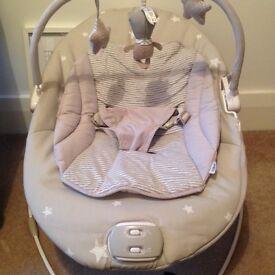 Unisex grey cream mamas & papas bouncy chair