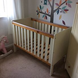Used cot for sale in good condition