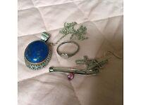 5 pieces of vintage / antique/ modern stirling silver Jewellery - CZ - Lapis Lazuli -