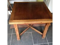 Solid part oak table with two leaves
