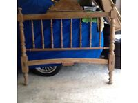 STUNNING CHARACTERFUL SHABBY CHIC FRENCH ANTIQUE DOUBLE BED FRAME