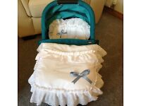 Armadillo flip xt carrycot teal boxed as new with custom made pram cover