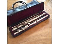 Yamaha Silver-plated Flute Y211
