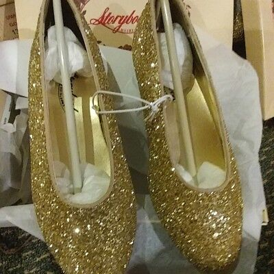 Dressy Kids Shoes (NWT gold sparkle dressy shoes GIRLS us size kids)
