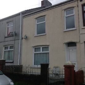 House to Let Ebbw Vale 3 beds deck area garage backs onto children's park, near town centre
