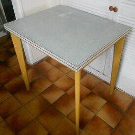 Retro Melamine Kitchen or Dining Table