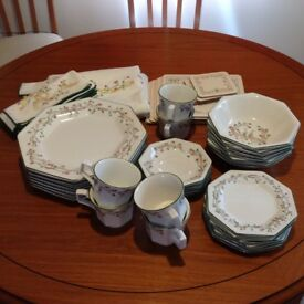 Johnson Brothers Eternal Bow dinner service in superb condition