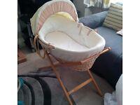 Mamas and Papas Moses Basket & Stand