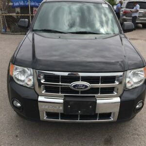 2011 Ford Escape Limited|Leather No accidents|4X4| Rear camera