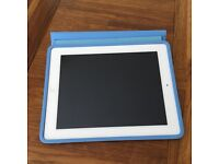 iPad fourth generation- wifi- silver - 16GB with Apple iPad Smart Case