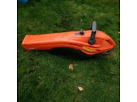 electric garden vac and blower in very good condition