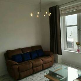 Bright & Spacious 1 bedroom flat to rent