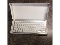 Apple wireless keyboard (American layout)