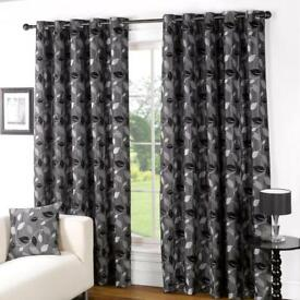 Eyelet curtains 229x229