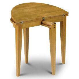 Designer folding (extendable) dining table