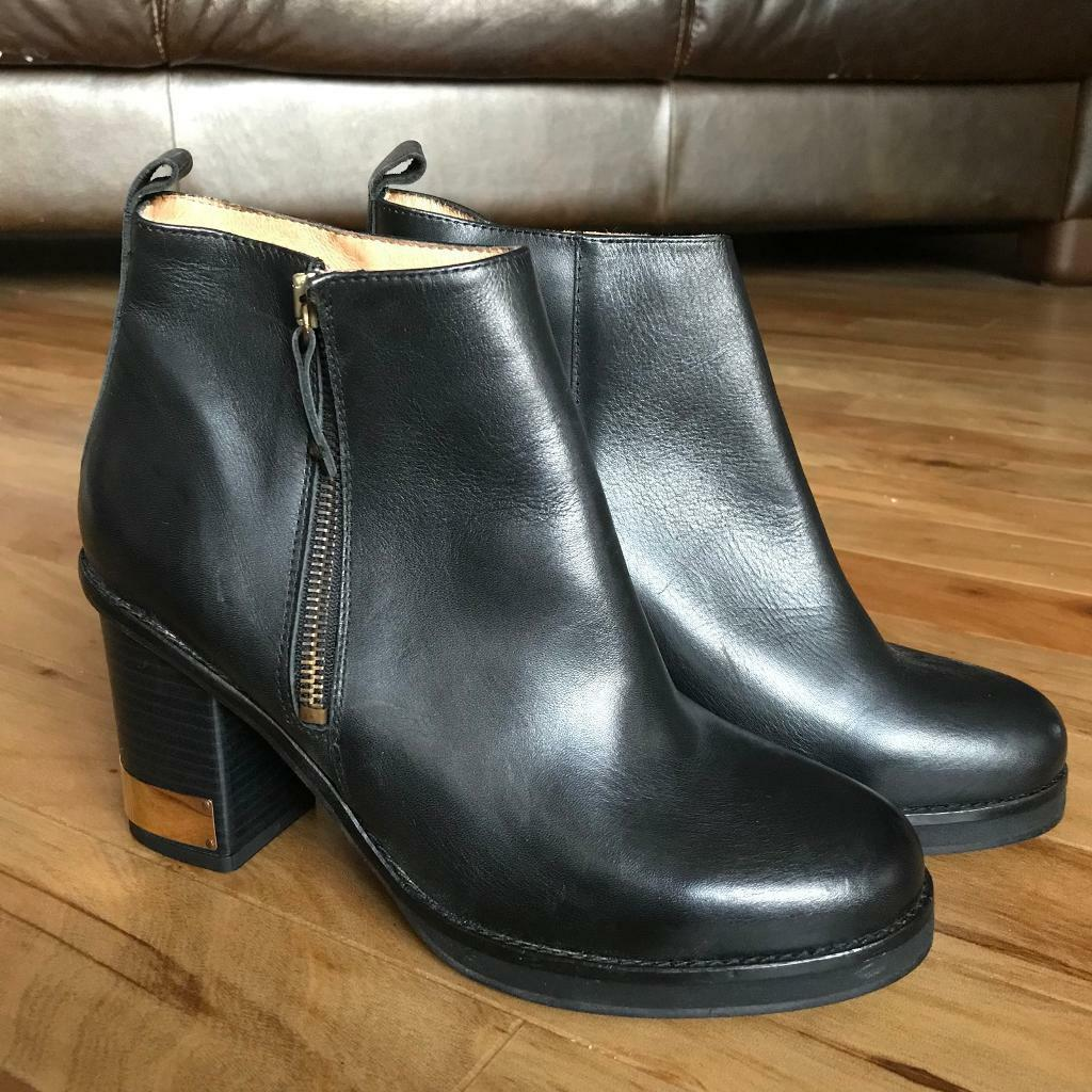 Topshop black leather ankle boots with brass heel plate UK 6 / 39