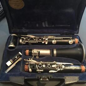 Original Buffet B12 Professional Student Clarinet with case and stand