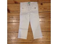 BENETTON white girls jeans. £5. Age 4. Never worn