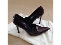 Ladies Pied A Terre pointed purple patent court shoe with 4 inch heel - size 4