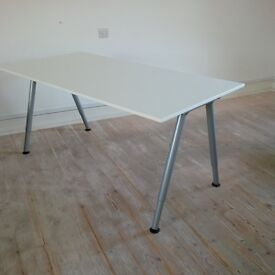 White Galant desk/table