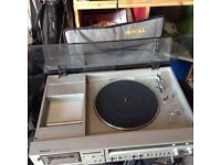 Vintage Panasonic turntable with tape deck