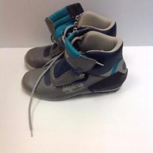 Alpina Xcountry Ski Boots Grey/Blue (VSZ5U3)