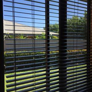 Nineteen (19) High Quality Aluminium Venetian Blinds Tatton Wagga Wagga City Preview
