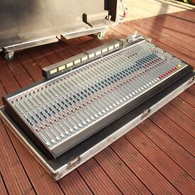 32 channel sound desk DDA q series recording studio desk