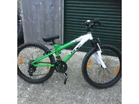 "GT mountain bike jump bike 24"" wheel stunning condition"