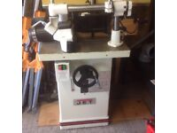 Axminster spindle Moulder/router table