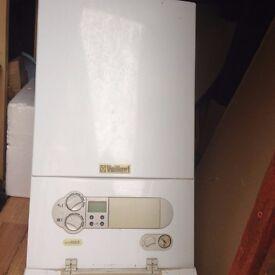 Vaillant eco max 824/2E combi boiler