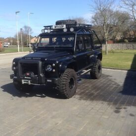 Land Rover Defender Spectre Edition Replica