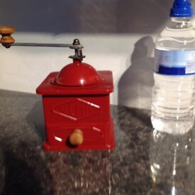 Vintage Spanish brand Elma coffee grinder in lovely condition