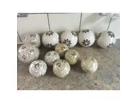 12 decorative balls