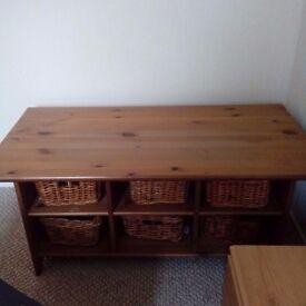 Ikea storage coffee table with storage baskets