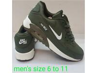 Men's trainers