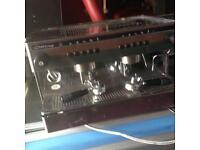 Coffee machine cake display double sink