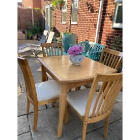 Barker & Stonehouse table & chairs
