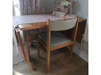 Solid Wood Kitchen/Dining Table and 6 Chairs