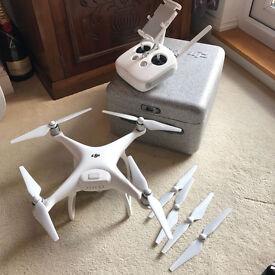 DJI PHANTOM 4 QUADCOPTER DRONE with STABILIZED GIMBAL 4K, 12MP VIDEO CAMERA VGC
