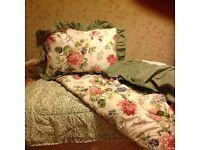 Double bed set: New Reversible eiderdown, 2 Pillow Shams, valance