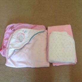Girl bundle, two towels and two blankets