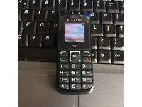 Like New Unlocked Alcatel ONETOUCH 1010 1010X Mobile Phone Handset in Black + Charger + Sim Card