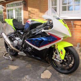S 1000 RR BMW Parklane Racebike with V5
