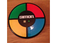 Classic Simon memory game with counter and batteries