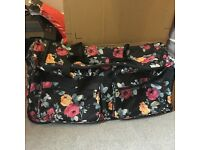 Floral Hold-all Suitcase on Wheels