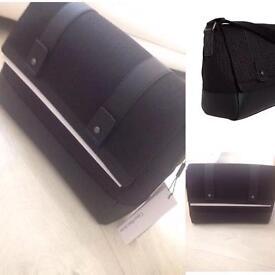 (RRP £125.00) Brand New Calvin Klein Messenger Bag