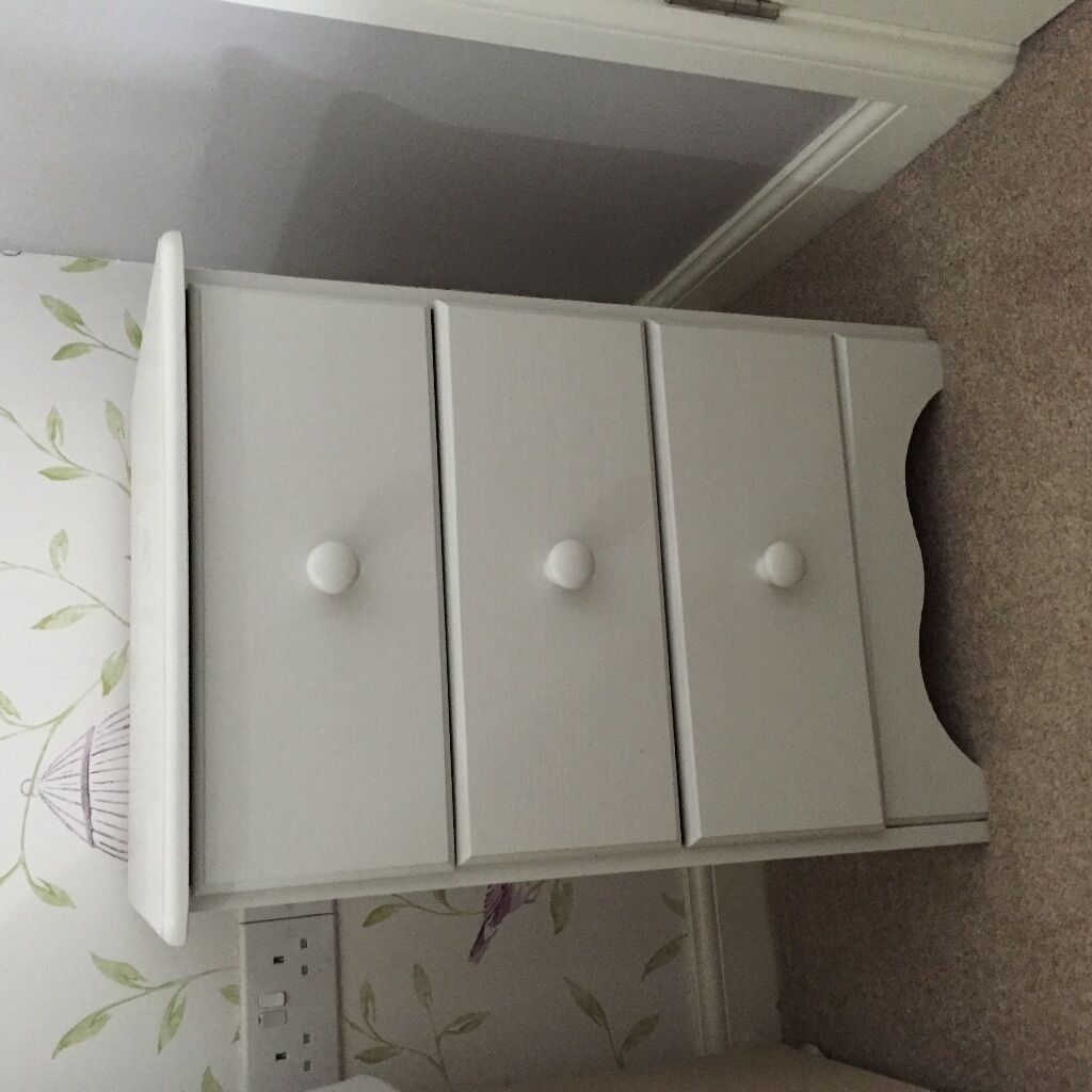 Top Bedside table drawers painted in farrow & ball ammonite paint | in @GF67
